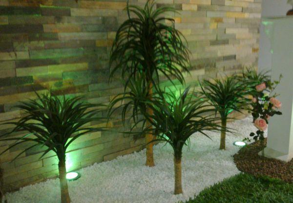 Confira de seguida como fazer a decoração de jardim artificial