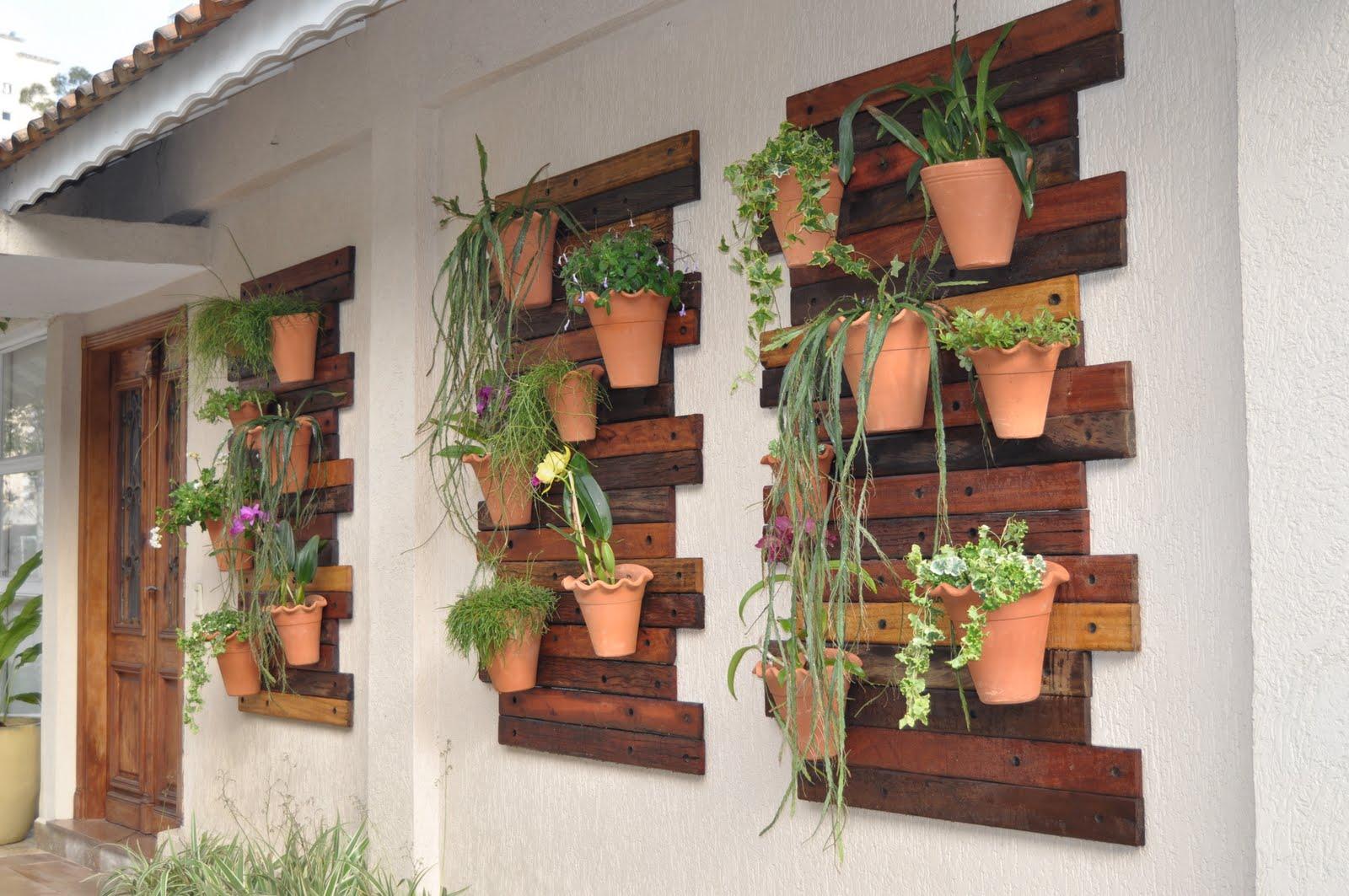 de seguida vários exemplos e ideias de como fazer um jardim vertical