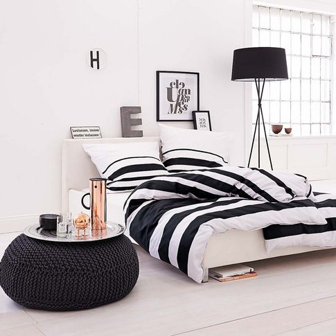 decoraçao quarto preto e branco