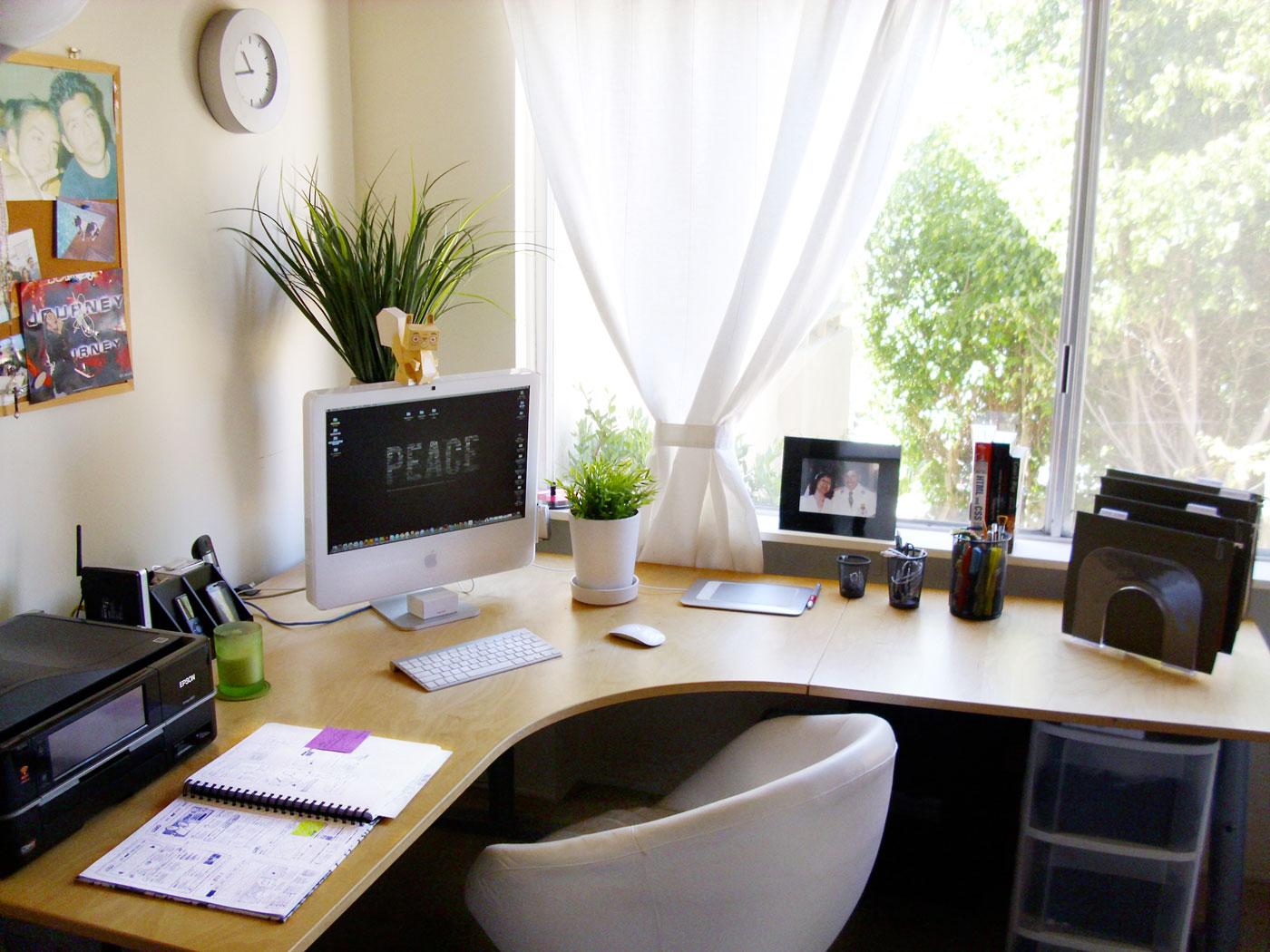 escritorio simples em casa